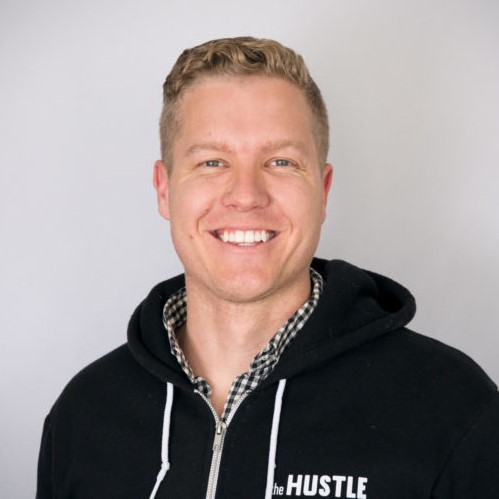 GE 310: How Sam Parr Went From Owning Hot Dog Stands to Becoming the CEO of an 8-Figure Company (podcast) - Leveling Up